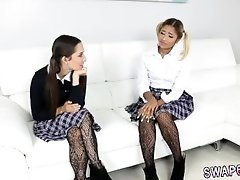 xhamster Incext daughter and mom makes...