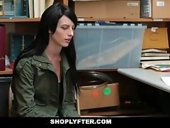 Shoplyfter - Skinny Teen...