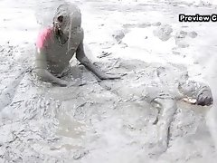 Mud Girls Preview
